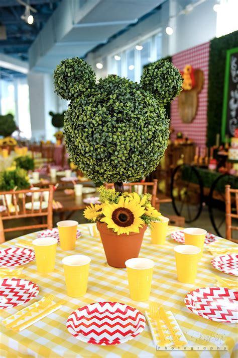 minnie mouse backyard party kara s party ideas minnie mouse sunflower garden party