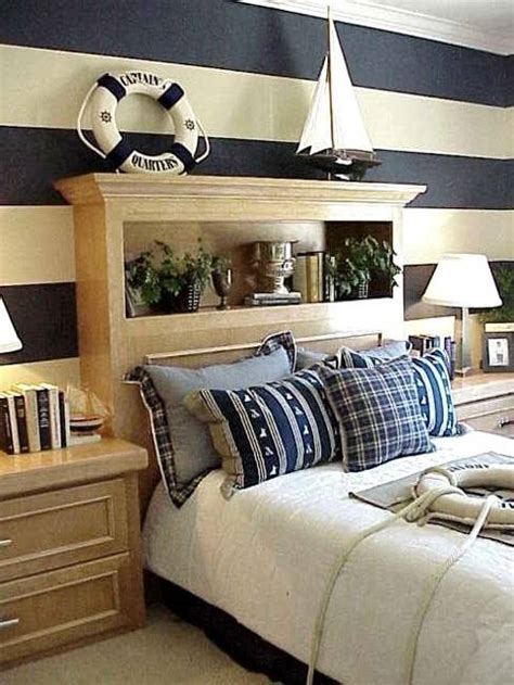 modern ideas  room decorating  horizontal stripes