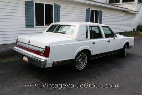 buy car manuals 1988 lincoln town car user handbook find used 1988 lincoln town car signature series in woodstock new york united states
