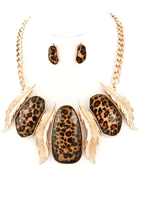 leopard print acrylic metal leaf pendant necklace