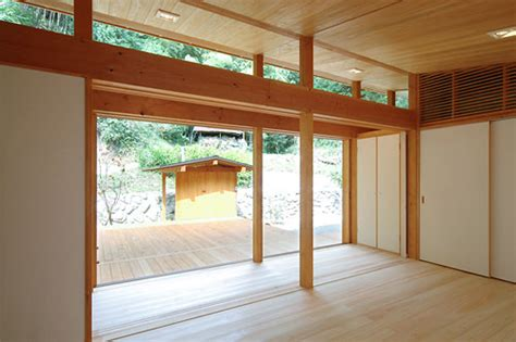 japanese wooden weekend house by k2 design digsdigs japanese wooden weekend house by k2 design digsdigs
