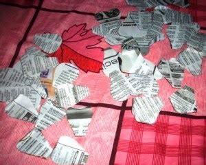 cara membuat bunga ros dari uang kertas kerajinan tangan kreatif dengan barang bekas cara membuat