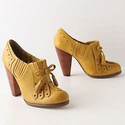 Posso The Spat Bold The Shoe Accessories Inspired By The Late 1800s by Bright And Bold Accessories To Punch Up Your Look
