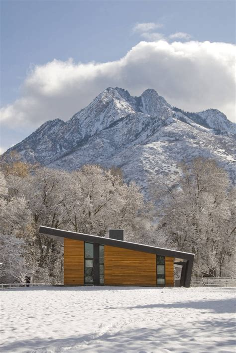 imbue design 10 modern wintry cabins we d be happy to up in design milk