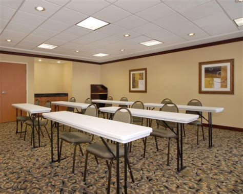 comfort suites employment comfort suites indianapolis southport indianapolis in