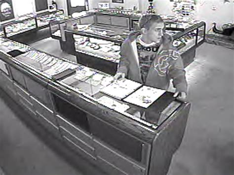 Anoka Post Office by Possible Jewelry Store Robbery Suspect Spotted In Anoka