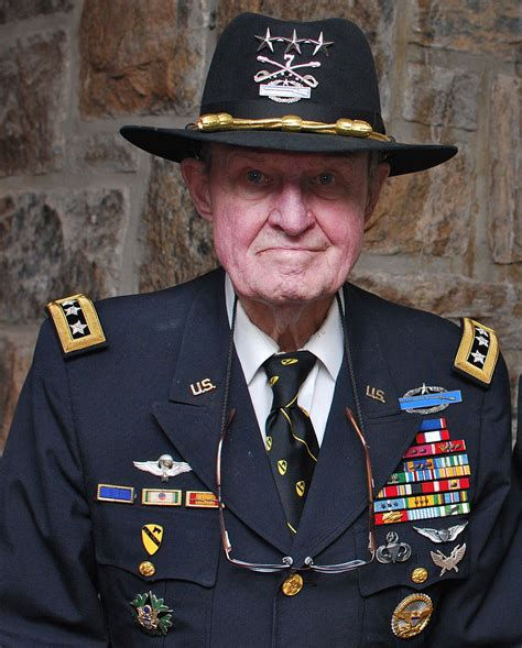 Hal Moore   Wikipedia