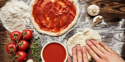 ricetta cucina italiana facile una ricetta facile per fare le pizza in casa la cucina