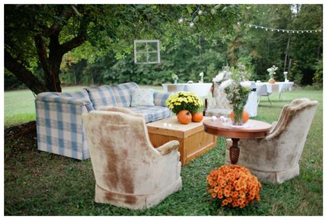 Backyard Fall Wedding Ideas Simple Chic Backyard Wedding Rustic Wedding Chic