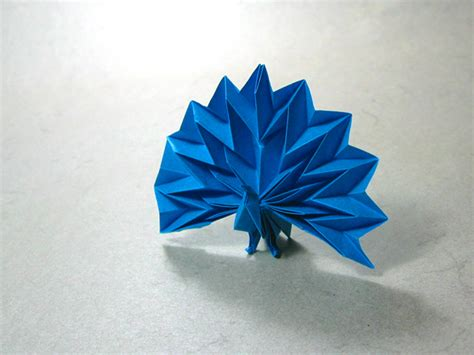 Peacock Origami - peacock jun maekawa happy folding