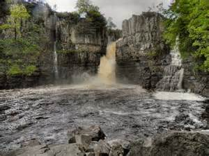 high force waterfall on the river tees photo walking britain high force river tees 169 david dixon cc by sa 2 0