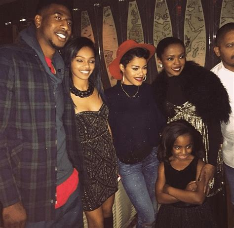 lauryn hill father have u seen all six of lauryn hill s kids lately time flies