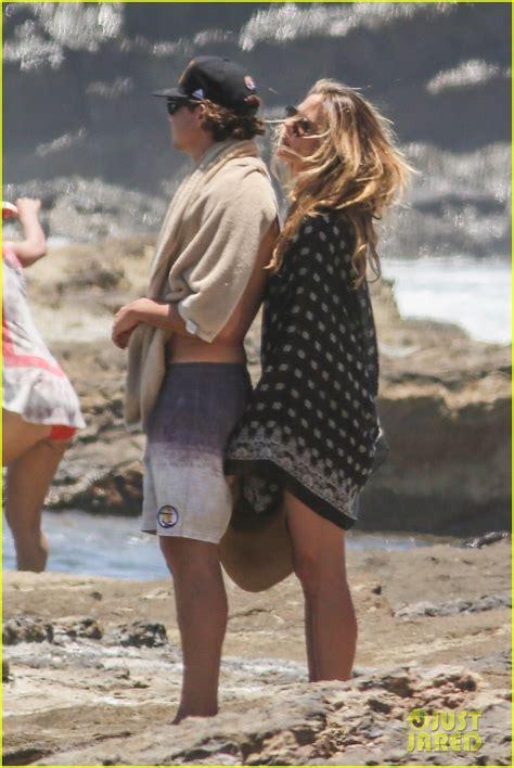 Heidi Klum Ditches Bikini And Goes Topless For Costa Rica