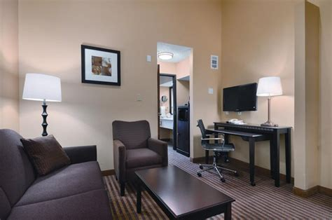 comfort suites toll free number comfort suites dfw airport toll free number 877 577 5761