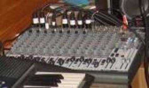 Mixer Behringer Xenyx 2222fx behringer xenyx 2222fx image 12651 audiofanzine