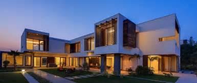 farmhouse architecture