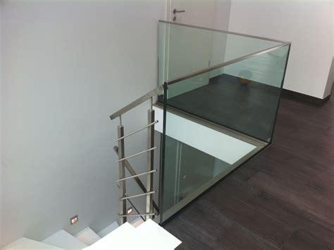 treppengeländer edelstahl glas ganzglasgel 228 nder in kombination mit einem edelstahl