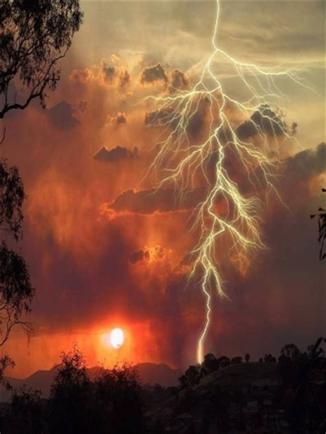 awesome lighting awesome lightning wallpaper iphone blackberry