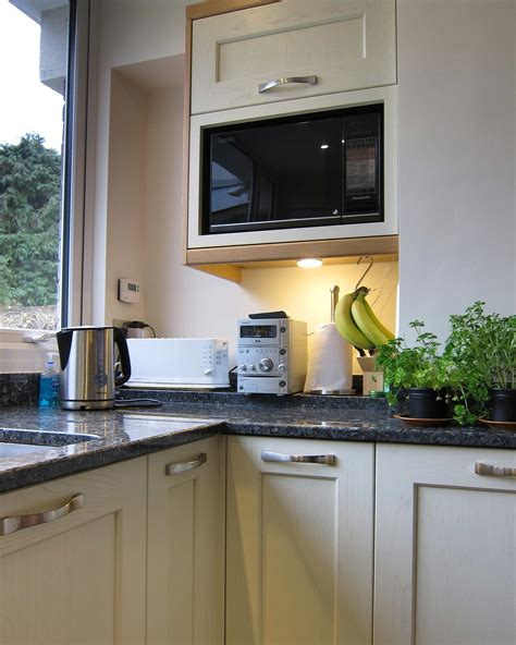 Shaker Cabinet Kitchen Milford Natural Oak Amp Painted Oak Match To Farrow