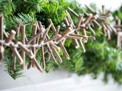 Tree Trimming Ideas 35 Diy Ornaments Tree Trimming Ideas Hgtv