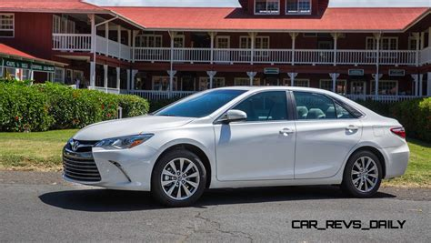 toyota camry road test review 2015 toyota camry le and xle v6