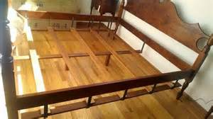 Bed Frames That Don T Require A Boxspring Need Help With Bedding For 4 Poster Bed