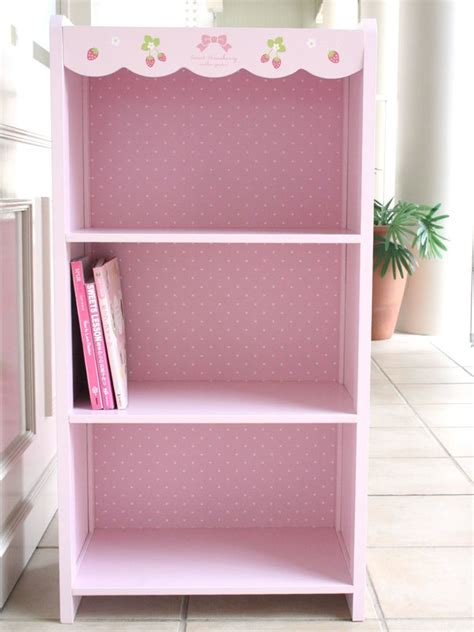 25 best ideas about pink bookshelves on