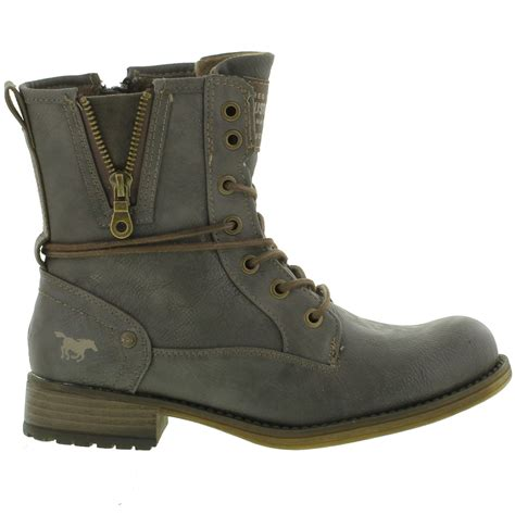 mustang womens synthetic leather ankle combat