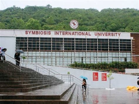 Symbiosis Pune Mba Entrance by Symbiosis International Siu Pune Images