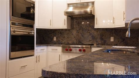 match your backsplash to your countertop ideas with