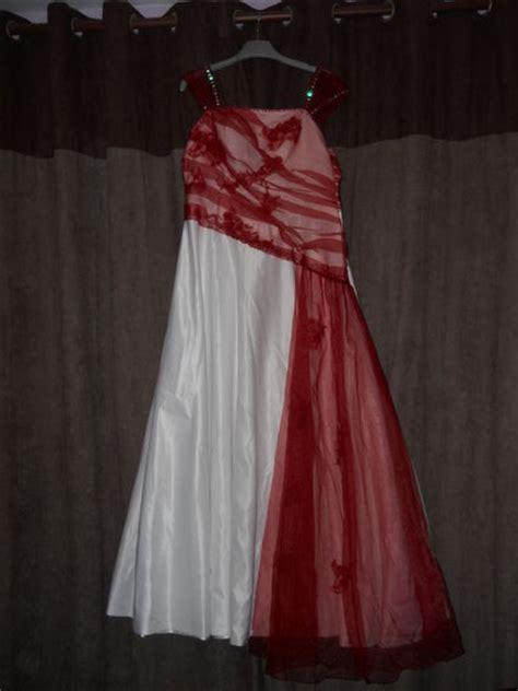 Robe De Mariée D Occasion 11 - white and gold robe blanche et bordeau