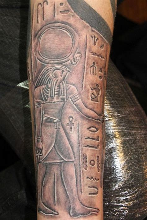 hieroglyphic tattoos the 25 best ideas about sleeve on