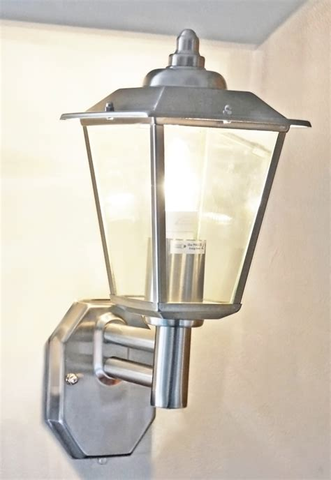 classica outdoor wall light with photocell led dusk to