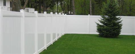 ekren fence company vinyl fence vinyl fencing picket