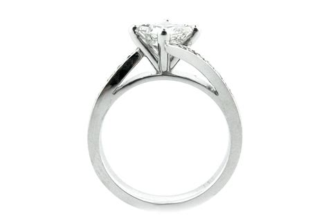 princess cut ring set on the diagonal with a