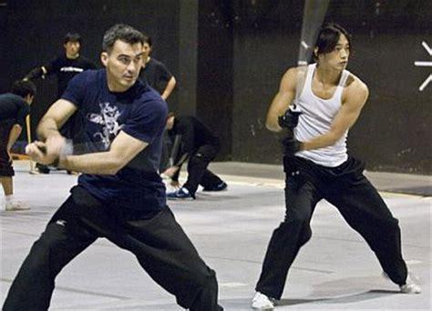 film ninja pembunuh cara rain membentuk tubuhnya demi film quot ninja assassin