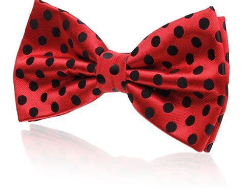Polka Dot Bow Tie buy with black polka dots silk jacquard bow tie pre