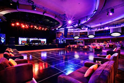 Living Room Florida Nightclub Lounge Furniture Surrounded The Floor Espn S Espy