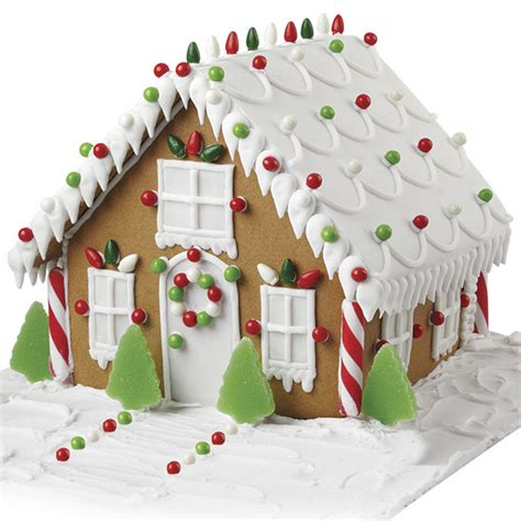 wilton gingerbread house light up christmas night gingerbread house wilton