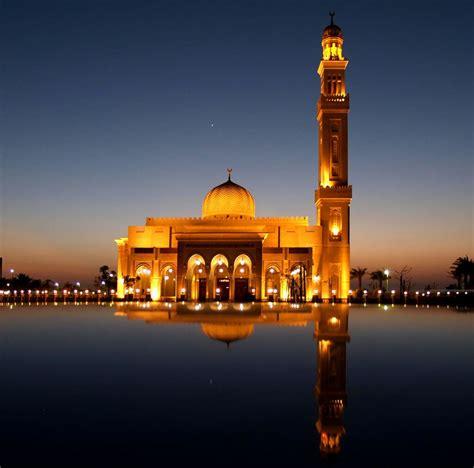 ramadan 2018 uae dubai ramadan a tourist guide view on the magnificent