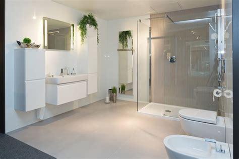 ideen für badezimmer umbau ruptos wandgestaltung mit steintapete