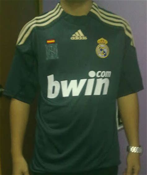 Kaos Raglan Real Madrid Edition 01 Baju Kaos Bola Distro kaos team real madrid asfari shop