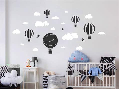 Wandtattoo Kinderzimmer Wolken by Wandtattoo Hei 223 Luftballons Mit Wolken Und V 246 Geln
