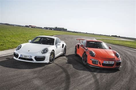 Porsche Gt3 Turbo by Porsche 911 Gt3 Rs Vs 911 Turbo S 2016 Le Choc En 50