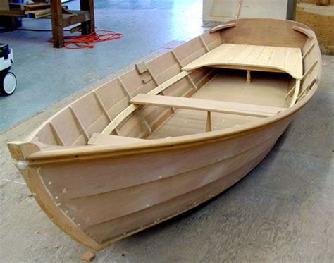 How To Make A Big Boat Out Of Paper - best 25 boat building ideas on wooden boat