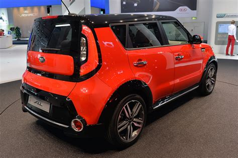 Is The Kia Soul An Suv Car Pictures And Photo Galleries Autoblog