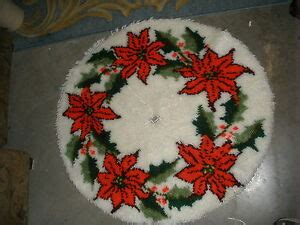 latch hook christmas tree skirt kits vtg paragon poinsettia tree skirt rug latch hook kit 35 quot completed ebay