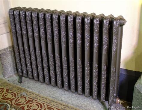 Peinture Pour Radiateur En Fonte comment peindre un radiateur en acier ou en fonte