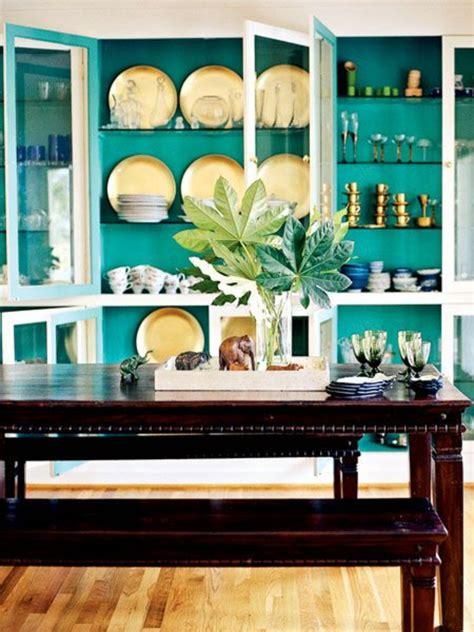 türkis wandfarbe wohnzimmer streichen braun gr 252 n