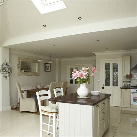 Open Plan Kitchen Design Open Plan Neutral Kitchen Kitchen Diners Housetohome Co Uk